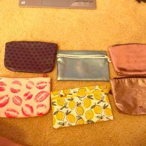 6 makeup bags